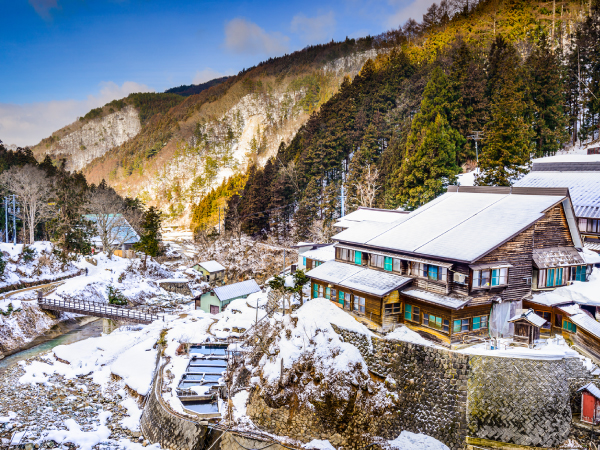 Adventure Travel in Japan Winter Nagano Valley Luxury Travel Japan Regency Group