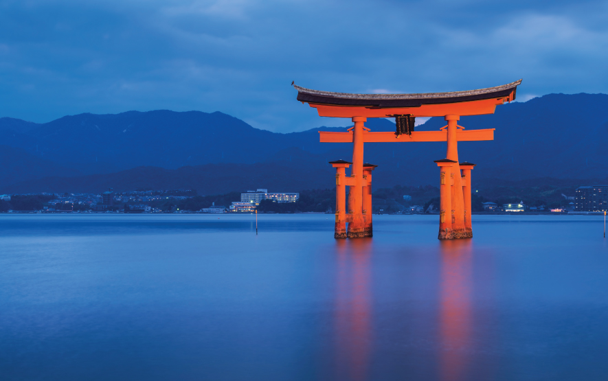 Miyajima Torri Gate Luxury Travel to Japan Regency Group