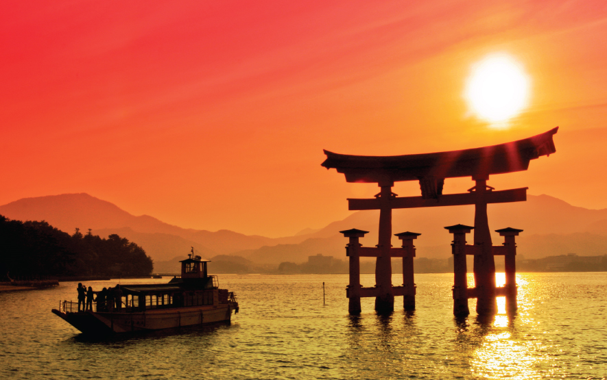 Miyajima torii sunset Travel Japan Regency Group